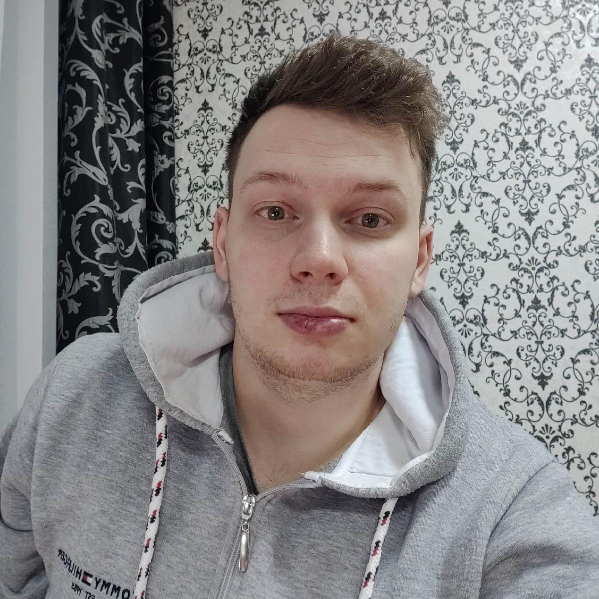 Владимир Голохвастов