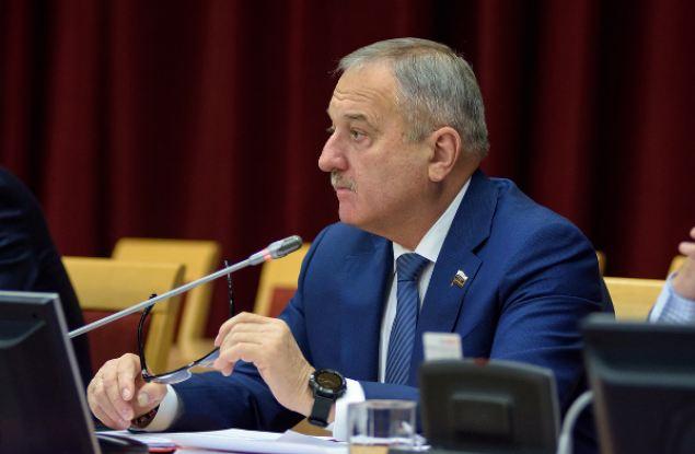 Членство Владимира Быкова в «Единой России» приостановлено