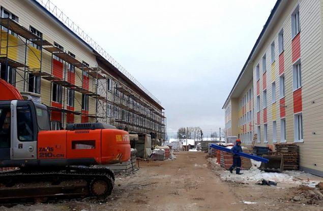 В Мурашах строят одни из лучших домов для переселенцев в Кировской области