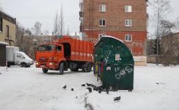 В новогодние праздники мусор будут вывозить ежедневно