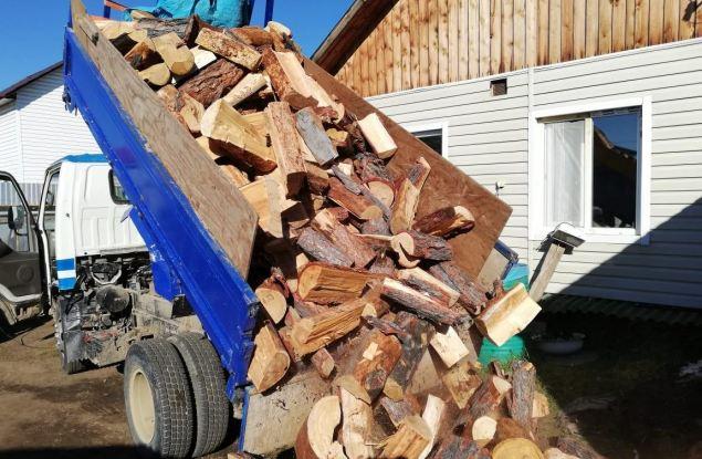 Кировские льготники заготавливают дрова по 58 рублей за куб