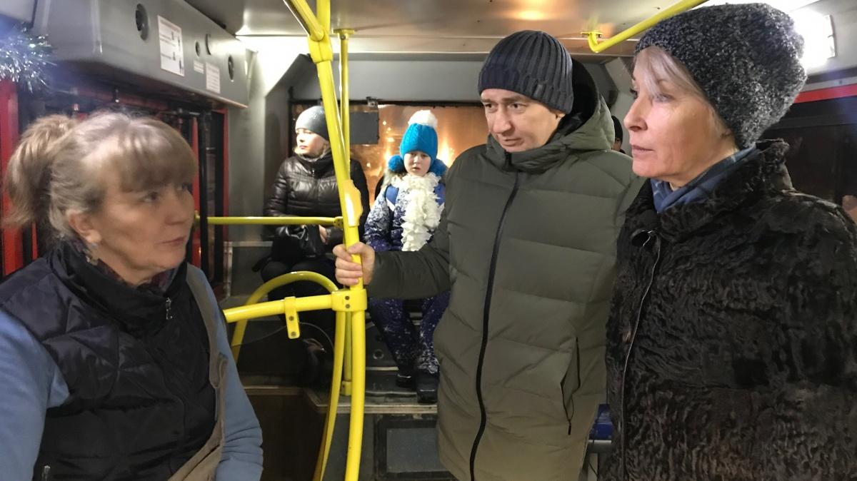 Елена Ковалёва проверила работу общественного транспорта