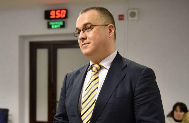 Депутаты расторгают контракт с сити-менеджером Кирова Ильей Шульгиным
