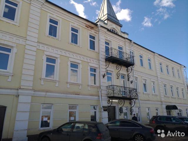Что можно купить в Кирове, имея более 50 миллионов рублей?