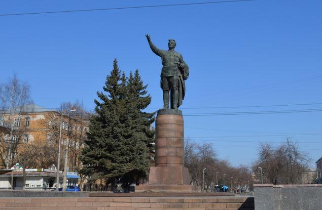 Кировчан официально спросили о переименовании города