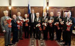 Игорь Васильев вручил ветеранам Великой Отечественной войны юбилейные медали