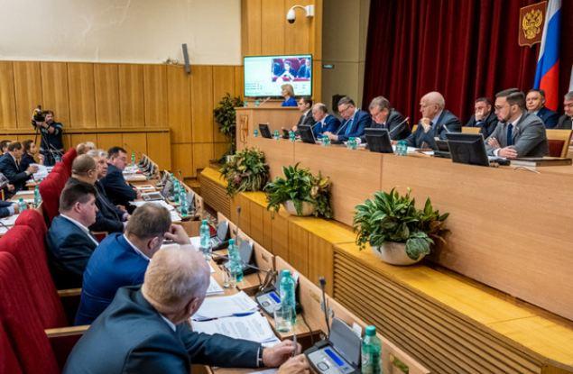 Вынесенные «Единой Россией» инициативы поддержали в Законодательном собрании