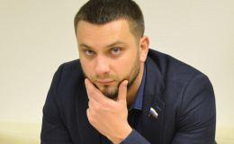 Денис Елшин