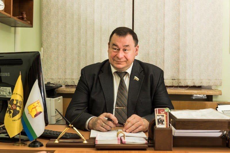 Председатель комиссии по регламенту ОЗС Юрий Балыбердин разъяснил особенности процедуры заочного голосования