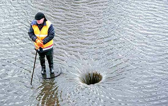 Гарантия на кировские дороги отложила строительство ливневой канализации