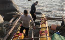 Вьетнамцы спасли трех дрейфовавших на самодельном плоту кировчан