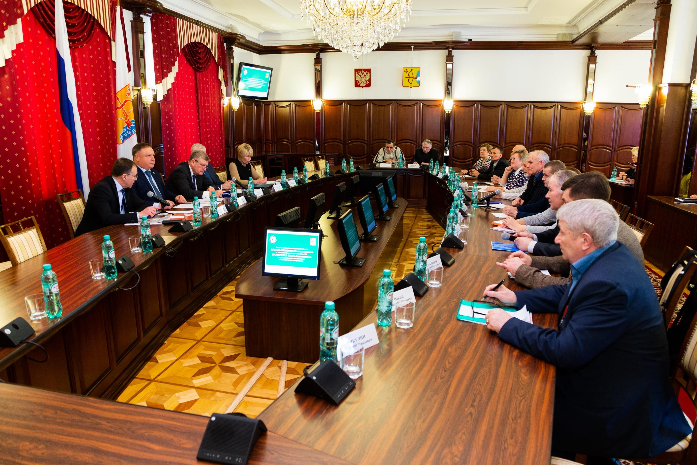 Игорь Васильев и Олег Валенчук встретились с председателями СНТ