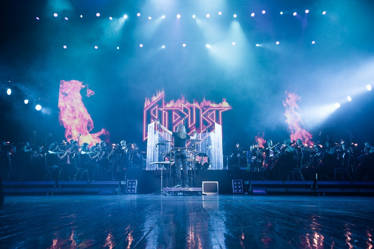 Хард-рок в стиле digital — видеосервис Wink представляет онлайн-концерт группы «Ария»