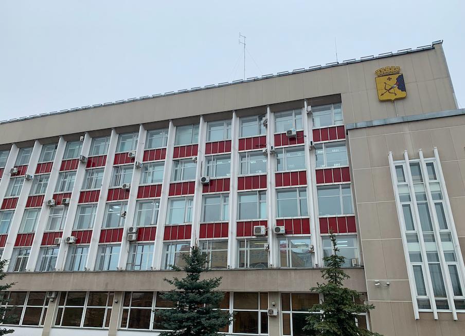 «Единая Россия» предоставила медицинские маски структурам жизнеобеспечения города