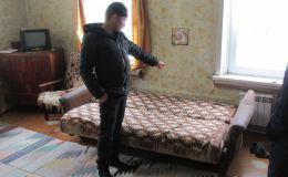 Жителя Кировской области осудят за сон в чужой квартире