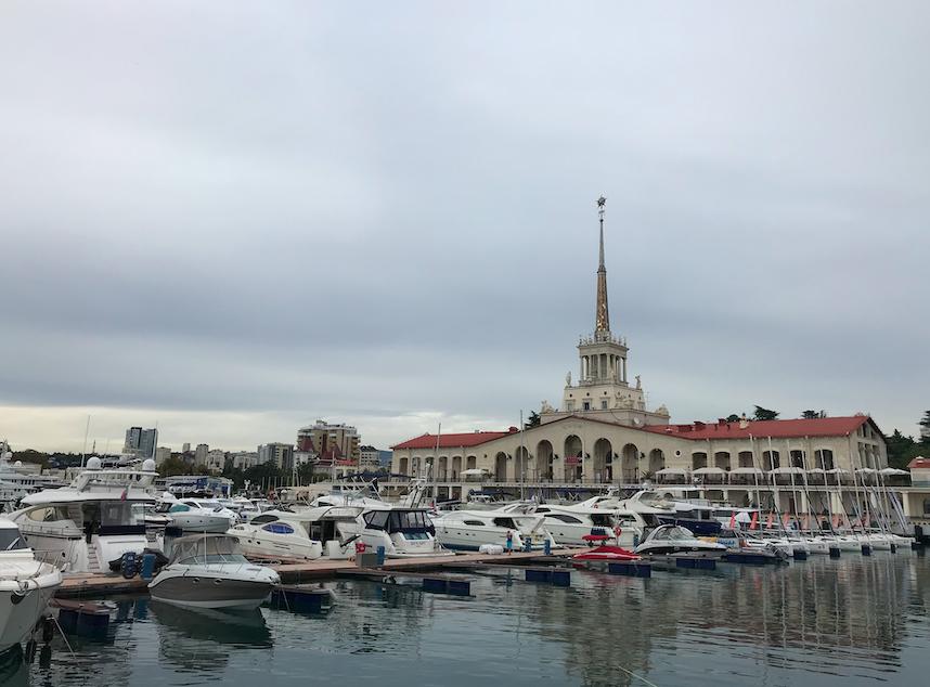 Кировские поезда на курорты Черного моря отменены
