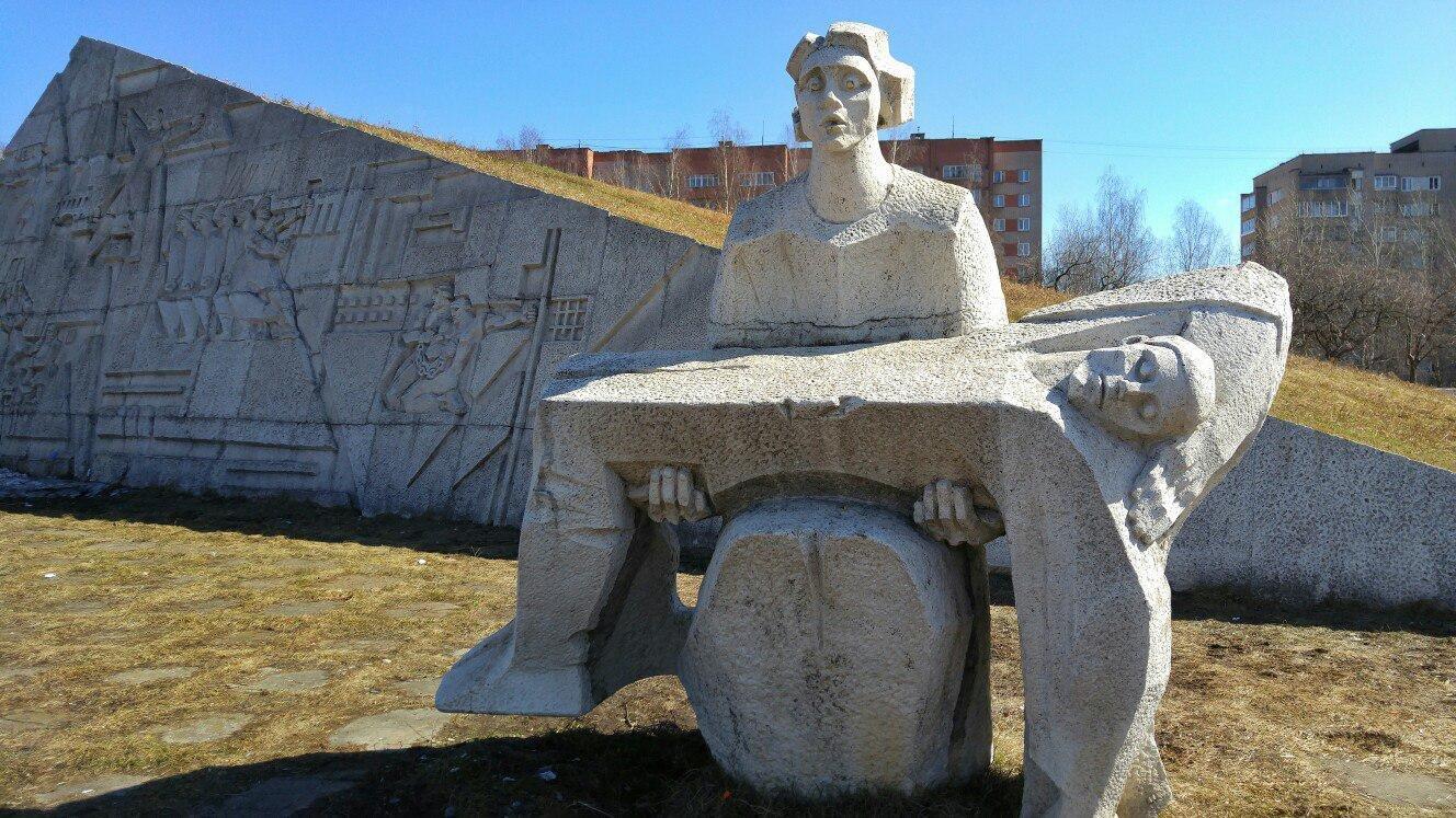 Этим летом в Кирове будет отремонтирована мемориальная зона в парке у Дворца Пионеров