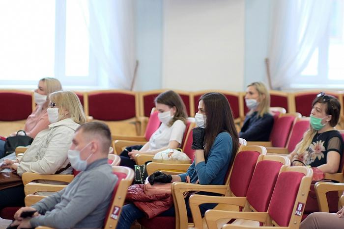Так выселят ли бюджетников из 100 служебных квартир в Кирове?