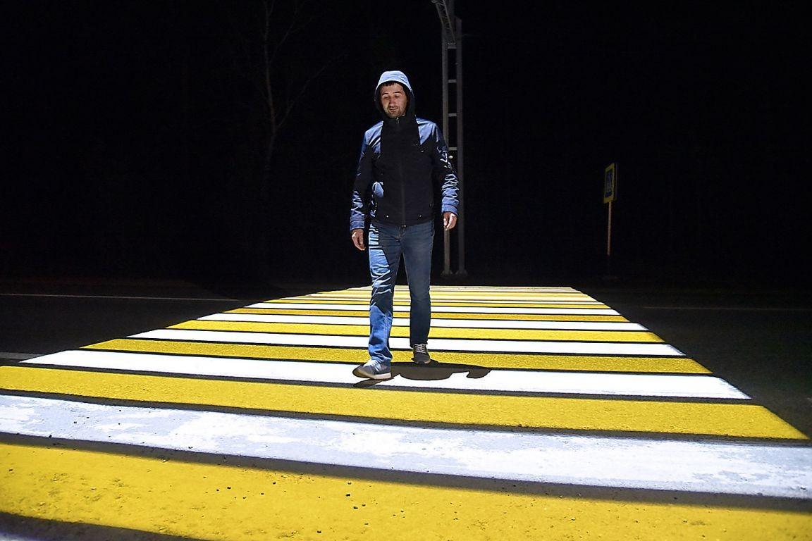 Пешеходные «зебры» в Кирове будут не рисовать, а проецировать