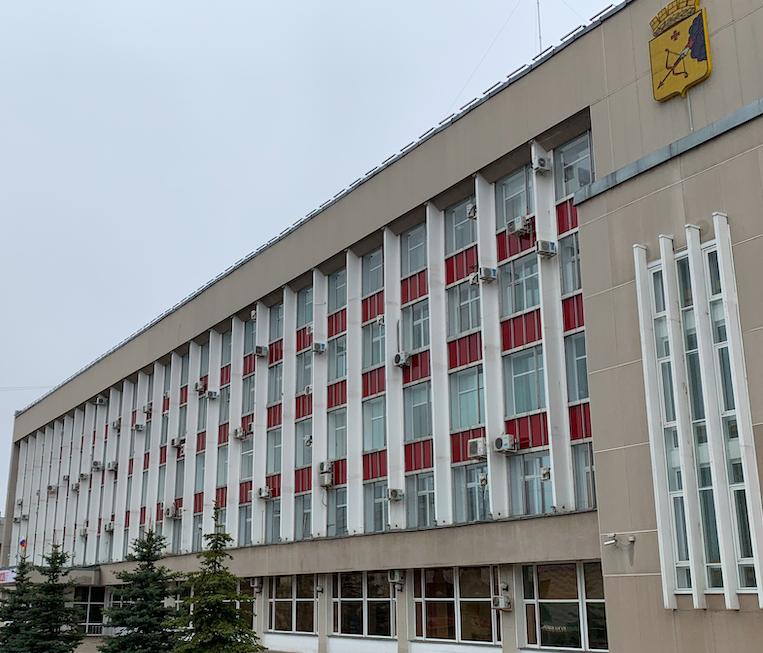 Администрацию Кирова заставляют выполнять обязанности через суд