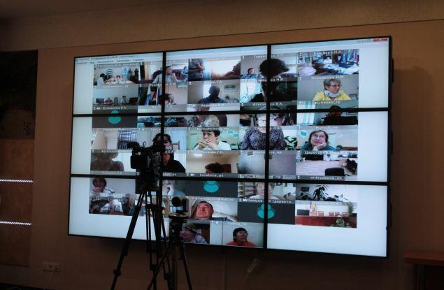 Кировские пенсионеры участвуют в чемпионате по компьютерному многоборью онлайн