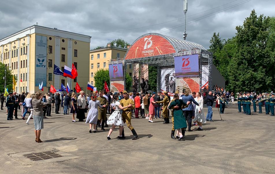 В Кирове начался сбор подписей за присвоение звания «Город трудовой доблести»