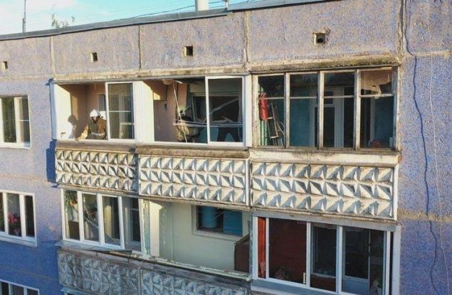 Жильцы дома, в котором произошел взрыв газа, возвращаются в свои квартиры