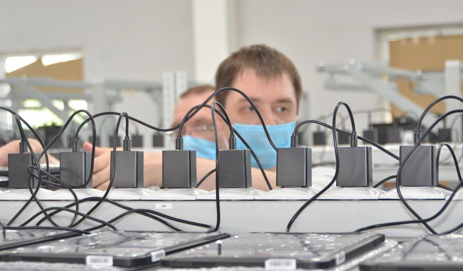 «Ростелеком» сообщает о начале производства отечественных планшетов для Всероссийской переписи населения