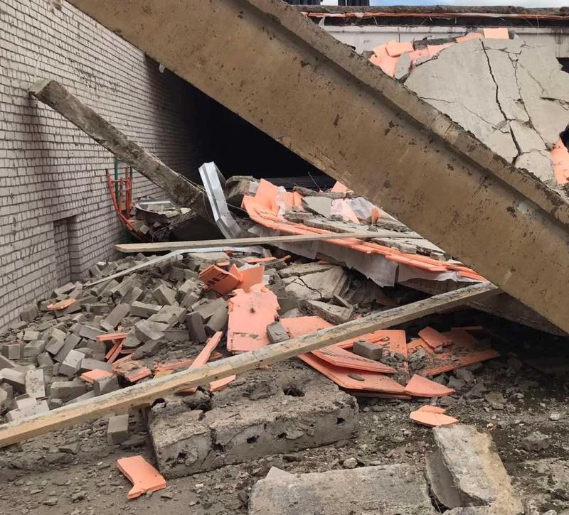 Трое рабочих погибли при обрушении перекрытий строящегося здания в Зуевке