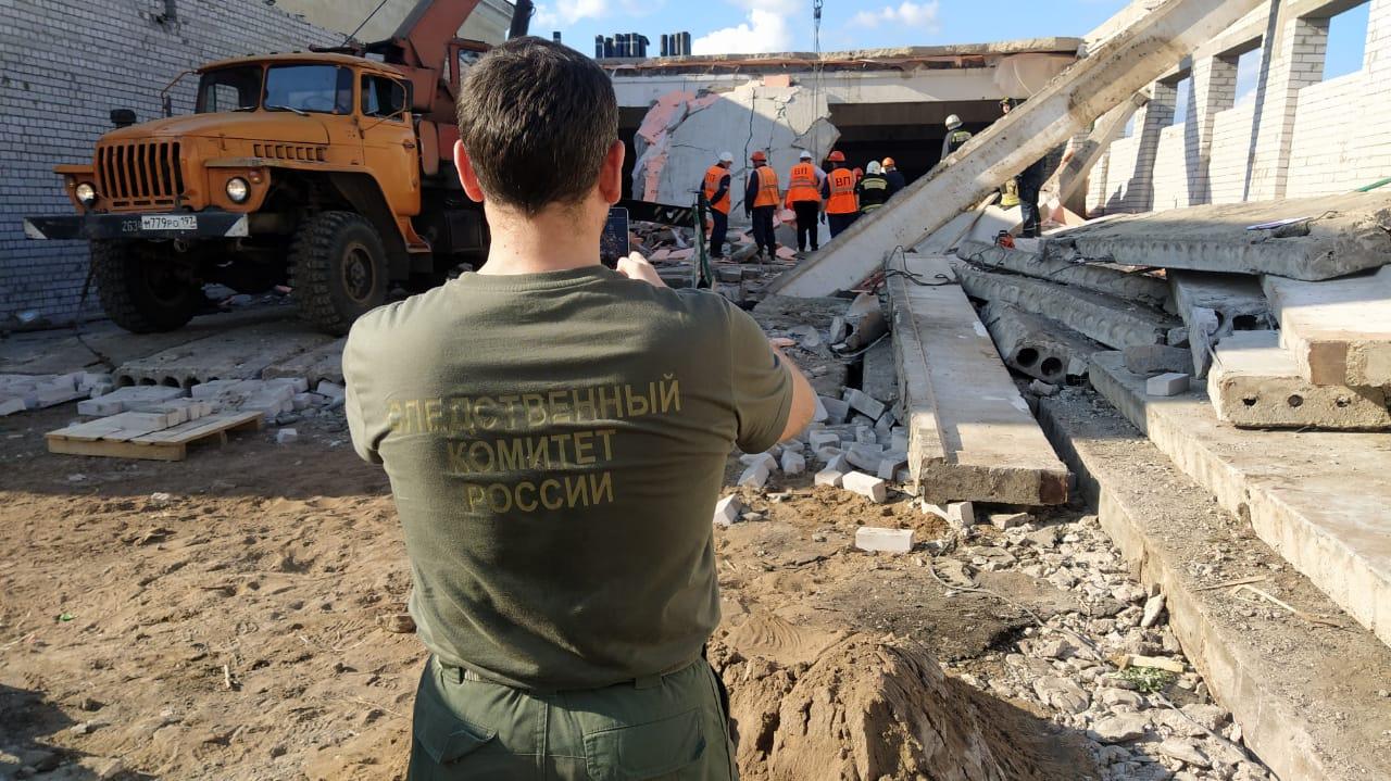 По делу об обрушении конструкций в Зуевке арестованы два человека