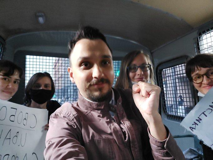 Журналист из Кирова был задержан на митинге в поддержку Ивана Сафронова