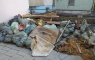 Пожилые жители дома в центре Кирова 4 месяца не могут выйти на улицу