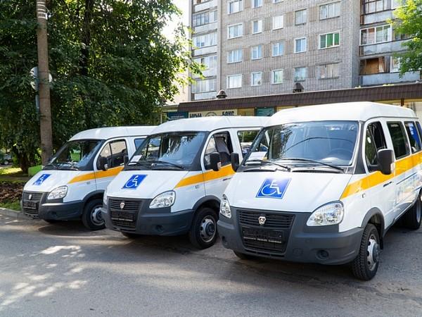 В Кировскую область в рамках нацпроекта «Демография» поступили автомобили для перевозки маломобильных граждан