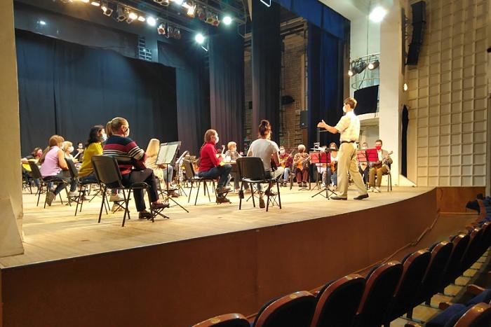 Театральный сезон в Кирове начнется с благотворительного концерта для врачей