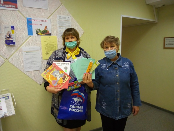 Жители Кировской области поддержали акцию «Собери ребенка в школу»