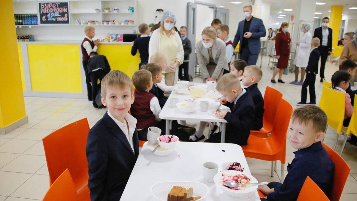 И дети, и родители довольны качеством школьных обедов