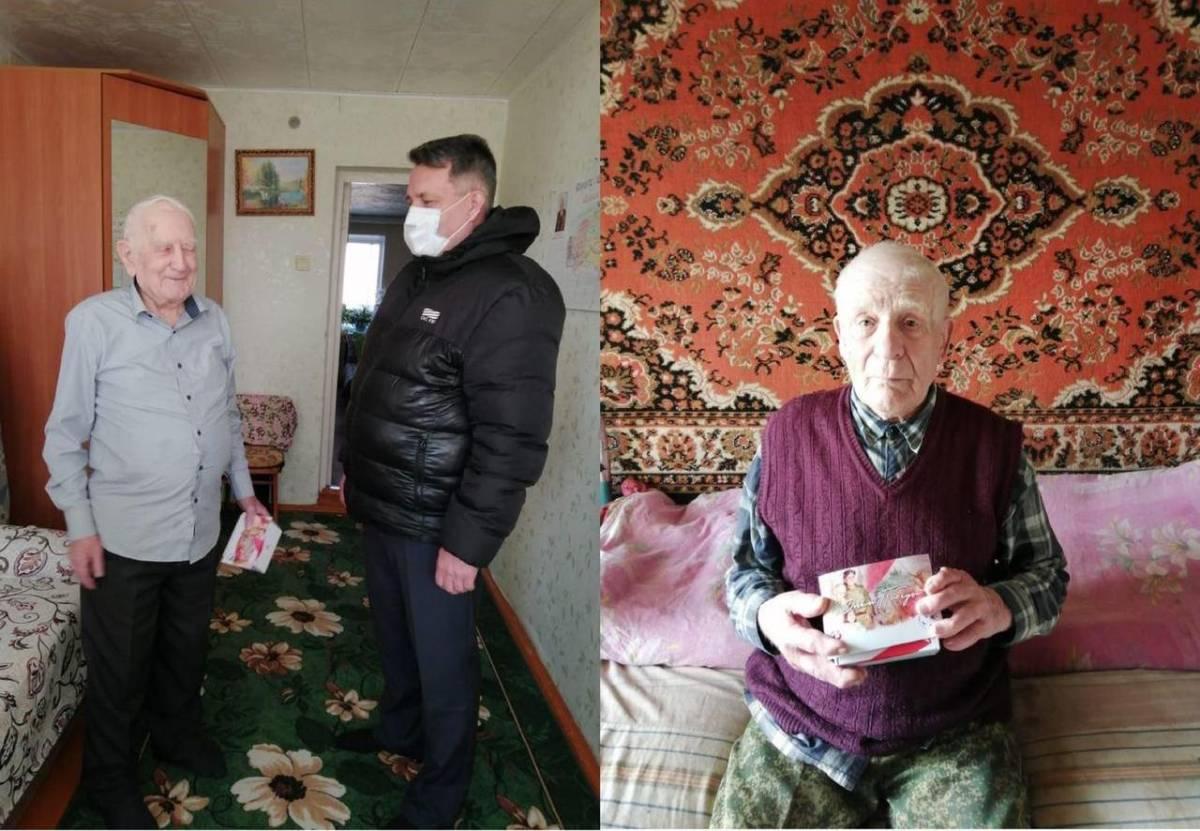 Ветераны Кировской области продолжают получать мобильные телефоны