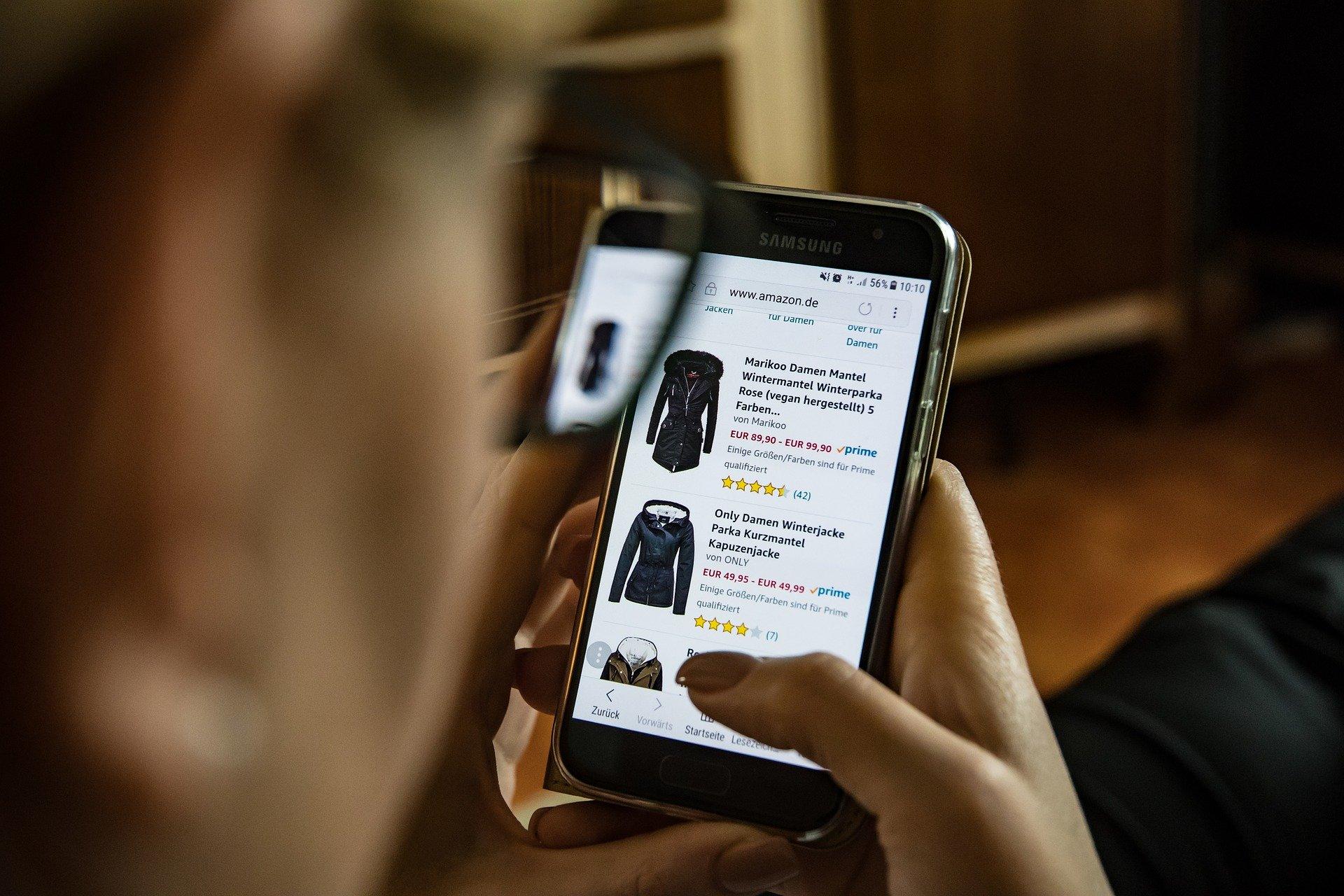 Кировчане в девять раз чаще стали покупать одежду в интернет-магазинах