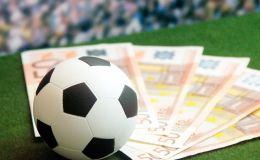 Двух арбитров из России подозревают в организации договорных матчей