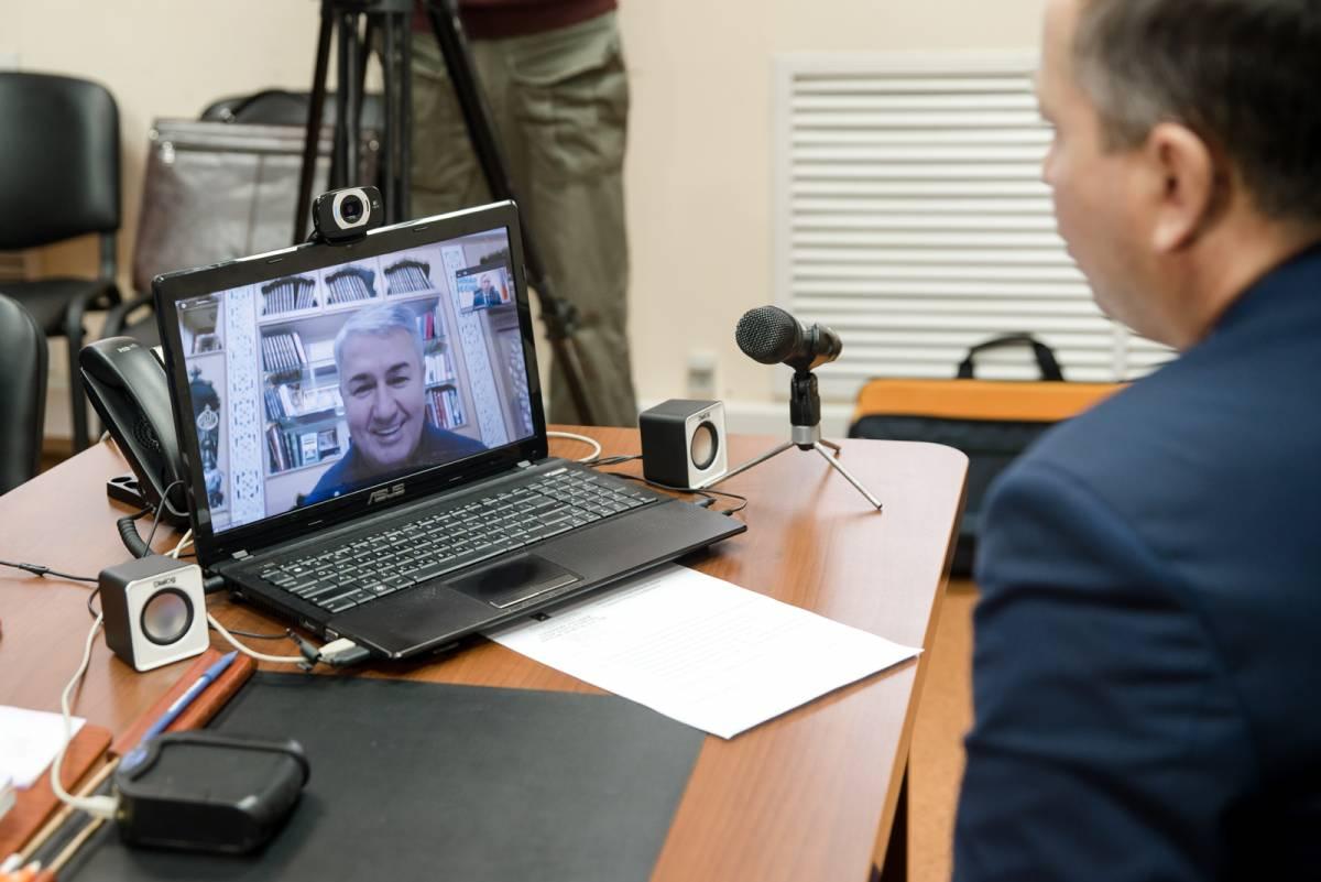 Рахим Азимов поможет пяти социальным учреждениям Зуевского района
