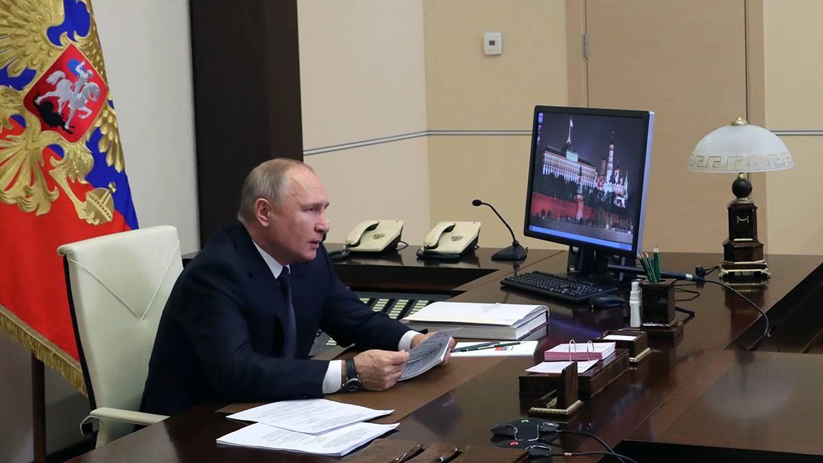 «Единая Россия» подняла вопрос справедливой оплаты труда медиков в «красной зоне» в новогодние праздники
