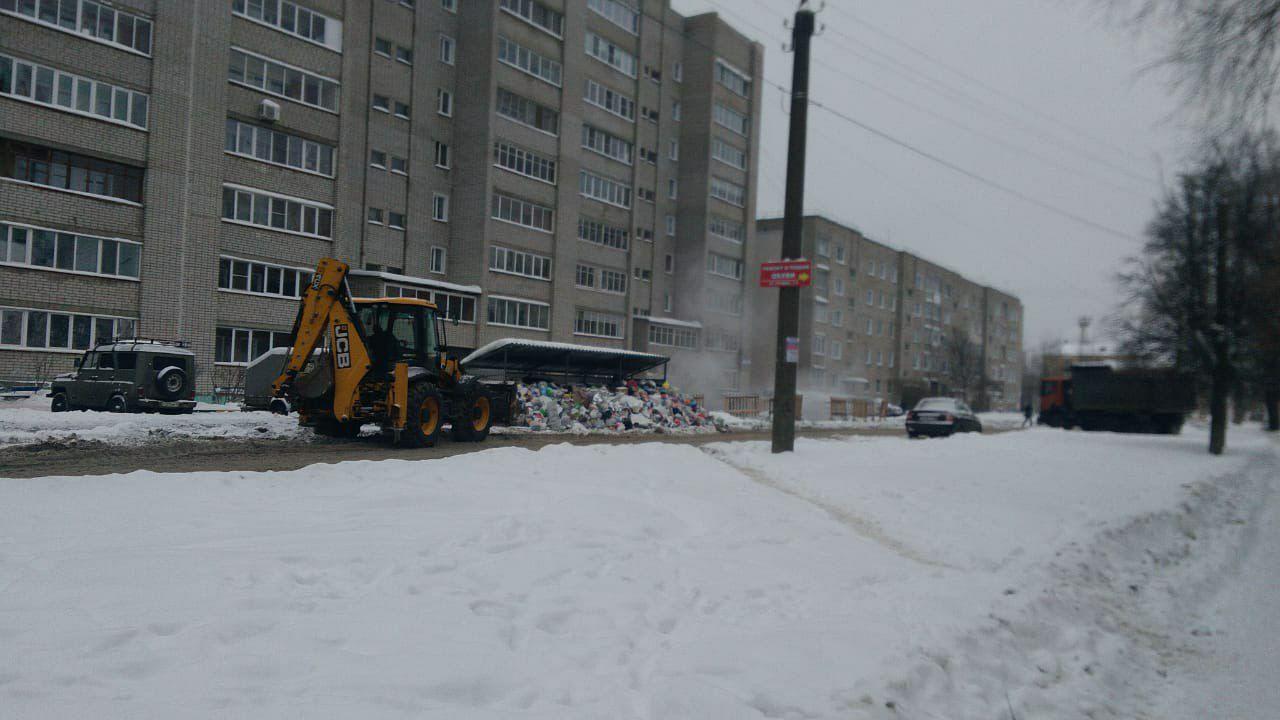 В Кирове депутаты ОЗС собираются инициировать расследование мусорного коллапса
