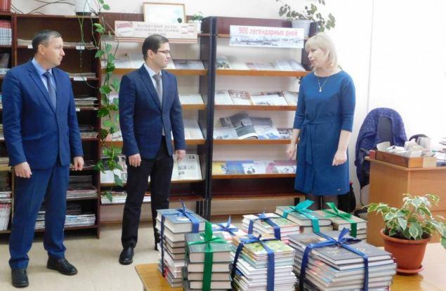 Рахим Азимов исполнил наказы жителей Зуевского района