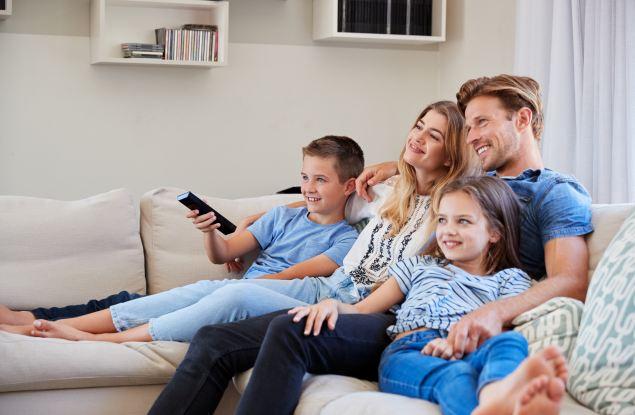 Россияне по итогам 2020 года стали на час больше ежедневно смотреть ТВ