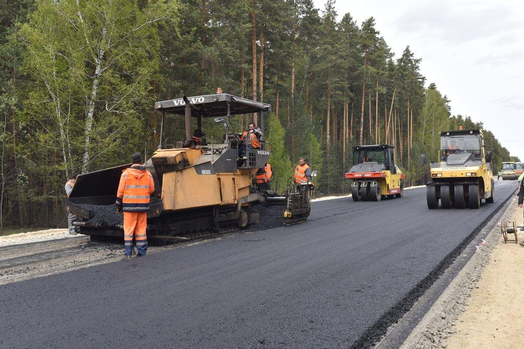 В Кировской области отремонтируют 120 км дорог в 2021 году
