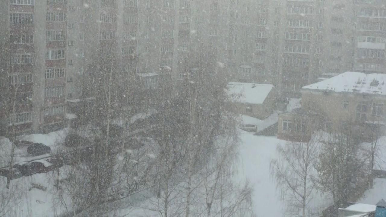 На выходных в Кирове ожидается очередной мощный снегопад