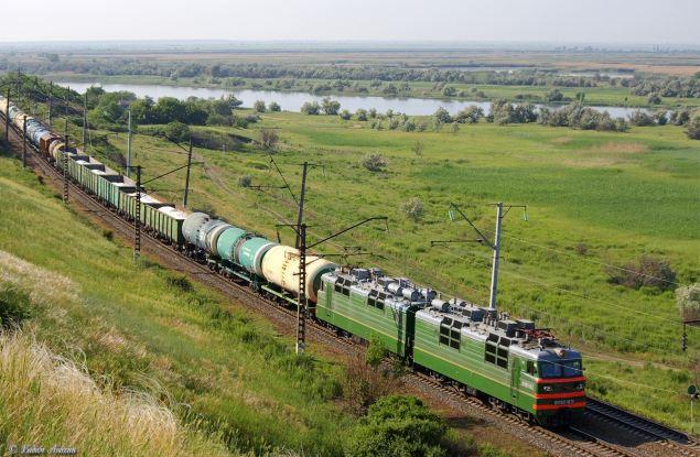 Гибель попавшей под поезд несовершеннолетней девочки может обойтись РЖД более чем в полмиллиона рублей