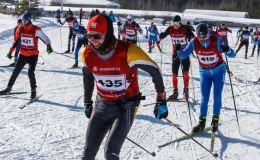 Почти 500 спортсменов вышли на лыжню в Радужном