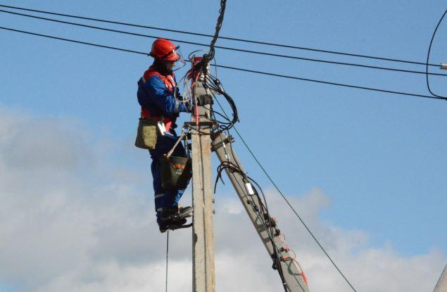 Владимир Колесников: В 2021 году «Россети Центр и Приволжье» отремонтирует более 6 600 км линий электропередачи в Кировской области