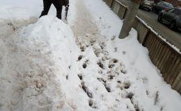 Скрытно убрали снег. В ОНФ не замечают трудов городских служб?